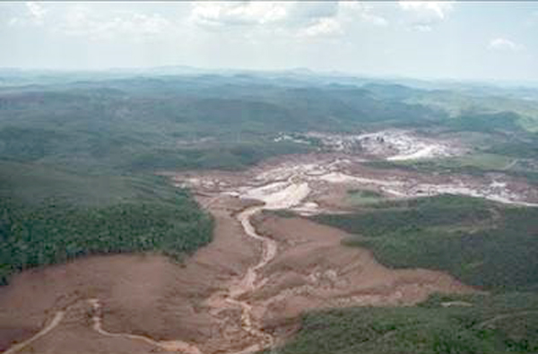 Brazil's Rio Doce after the BHP Billiton disaster 2015